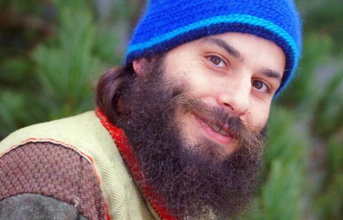 人間のひげの濃さが決まる!原因になる遺伝子型とは? イメージ画像